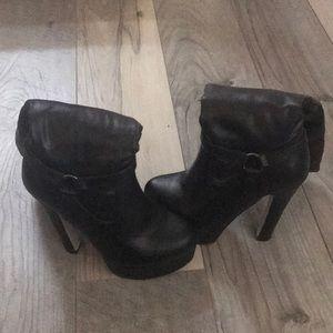 Just Fab heel boots